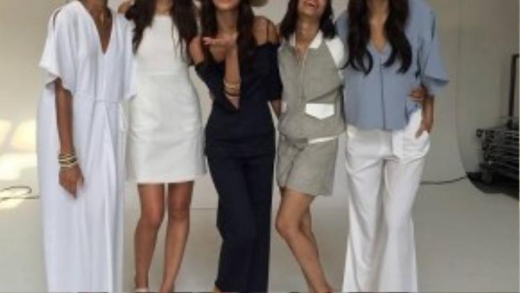 New York Fashion Show cũng là cơ hội để Minh Tú thực hiện ước mơ trở thành người mẫu chuyên nghiệp, bước ra sàn diễn quốc tế.