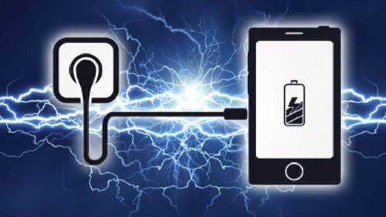 5 nguy cơ cháy nổ từ những thói quen sử dụng điện thoại di động
