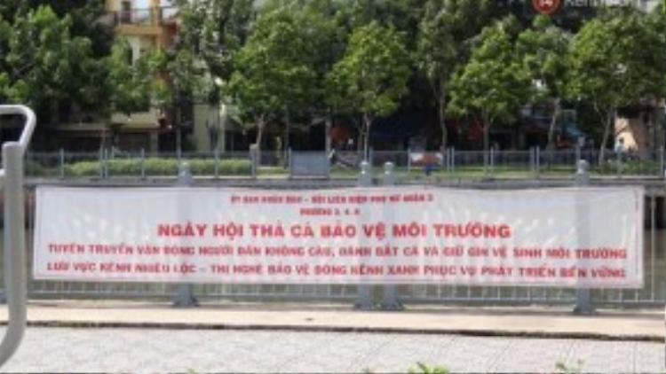 Ngày 27/8/2015, UBND cùng Hội Liên hiệp Phụ nữ Q.3 đã tuyên truyền vận động người dân thả khoảng 2.500 ký cá xuống kênh Nhiêu Lộc để bảo vệ môi trường, nhưng hiện tại hàng chục ngàn con cá được thả đang ngáp nước cầu cứu.