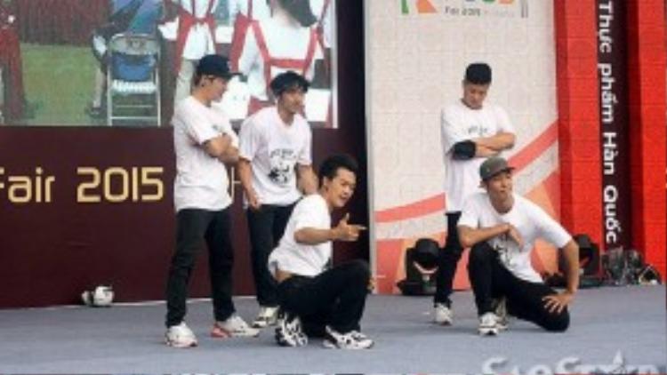 Màn nhảy K-pop của nhóm B-Boy đến từ Hàn Quốc.