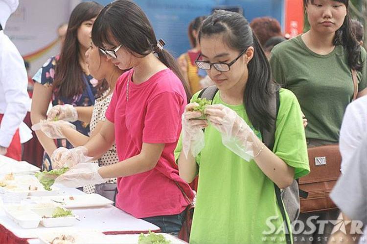 Lễ hội trải nghiệm ẩm thực Hàn Quốc K-Food Fair 2015