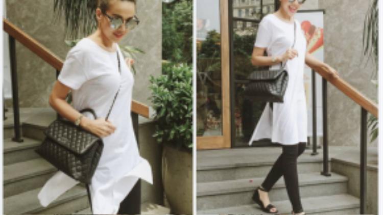 Thanh Hằng thường xuống phố với phong cách áo phông kết hợp với skinny và giày bệt giúp thoải mái di chuyển.