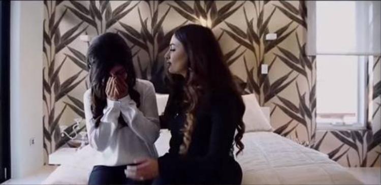 Phó thị trưởng Úc dùng ca khúc Một nhà trong video clip đám cưới