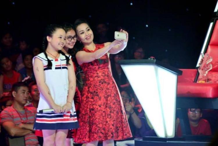 Selfie cùng Giọng hát Việt nhí, nhận quà mỗi tuần!