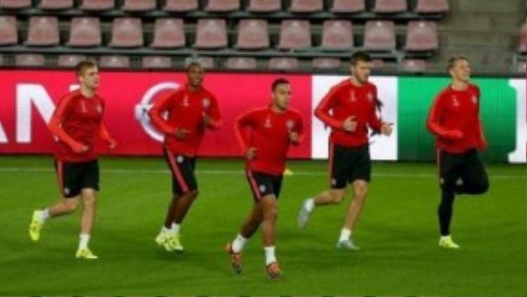 Depay đang nóng lòng mong chờ cuộc đối đầu với các đồng đội cũ ở PSV.