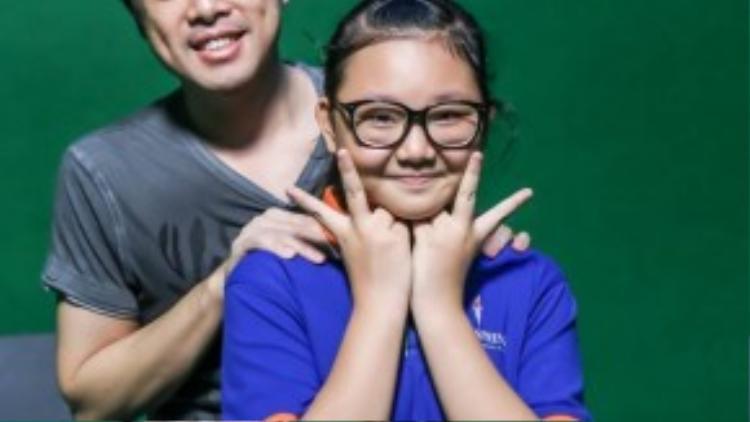 Cô bé đáng yêu có giọng hát ngọt ngào Hà Minh.