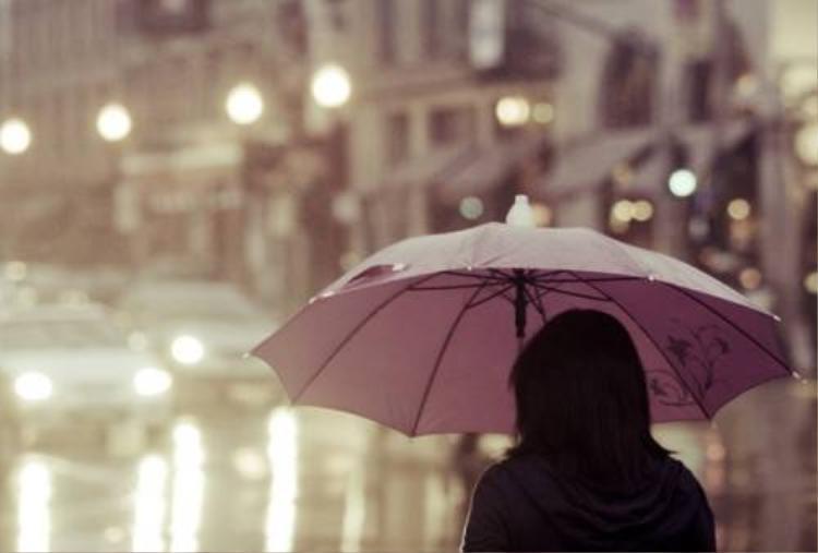 Những việc cần làm ngay lập tức khi đi mưa về