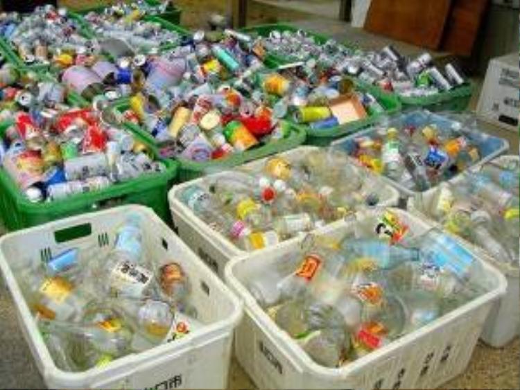 Xem quy trình phân loại rác của Nhật khiến bạn phát điên