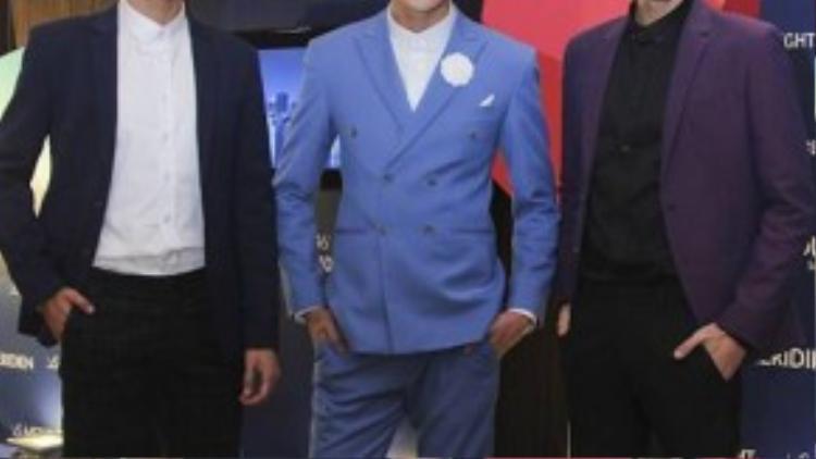 Sự xuất hiện bất ngờ của ba hot boy Next Top Đinh Đức Thành, Võ Thành An và K'Brơi khiến nhiều khách mời ngạc nhiên vì họ vẫn là thí sinh của cuộc thi.
