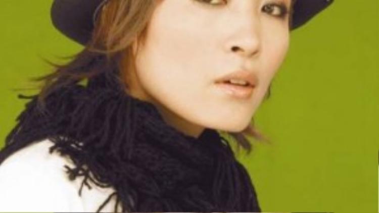 Ca sĩ Trần Lâm tự tử đúng ngày sinh nhật chồng cũ.
