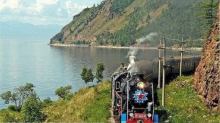 Golden Eagle qua dãy núi Ural: Chuyến tàu xuyên qua những vùng thảo nguyên mênh mông ở Siberia của Nga.