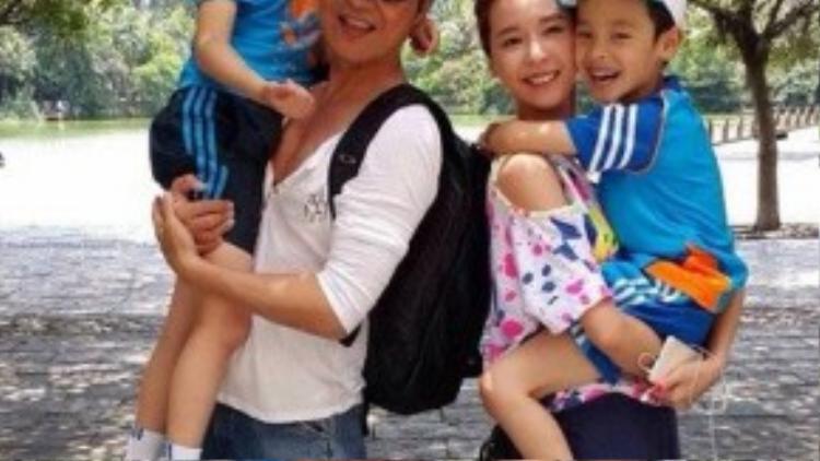 Vợ Mã Cảnh Đào kém anh 20 tuổi.