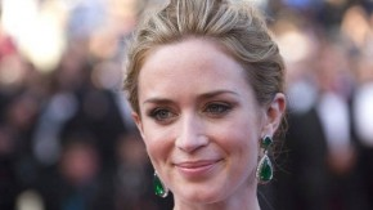 Emily Blunt rạng rỡ trong ngày ra mắt Sicario tại LHP Cannes lần thứ 68.