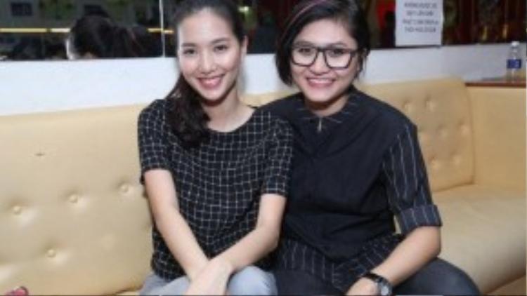 MC Mỹ Linh và ca sĩ trẻ Vicky Nhung.