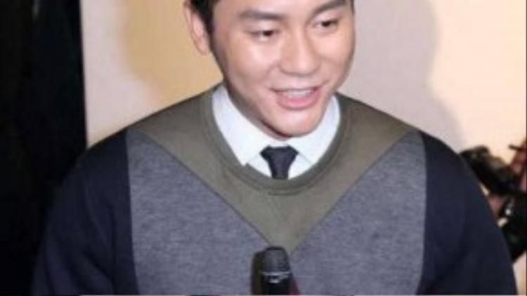 Lý Thần trả lời phỏng vấn bày tỏ muốn sớm có con sau khi cưới.