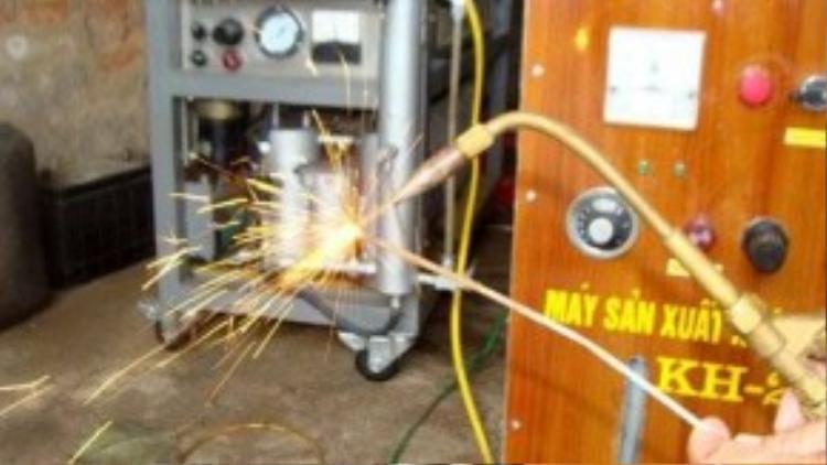 Ứng dụng hydro vào hàn nhiệt.