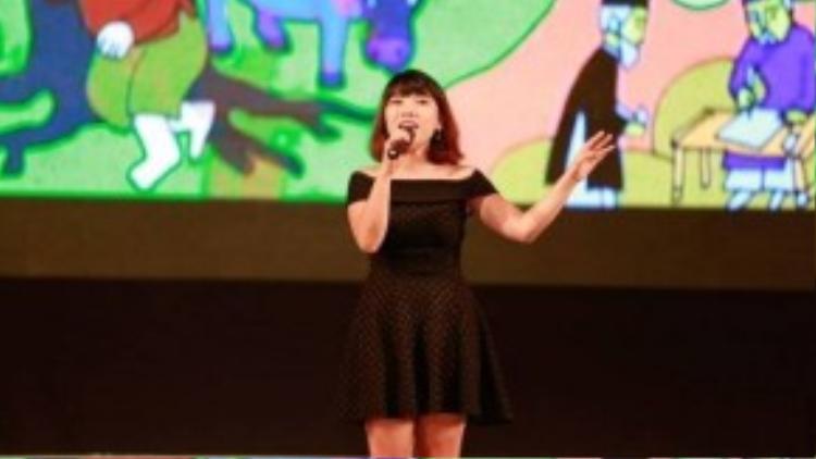 Ca sĩ Ngọc Hiển - người thể hiện ca khúc Thằng Cuội ở phiên bản acoustic.