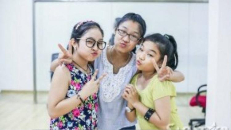 Hồng Minh - Thu Thuỷ - Phương Khanh 3 thí sinh của đội Hồ Hoài Anh - Lưu Hương Giang.
