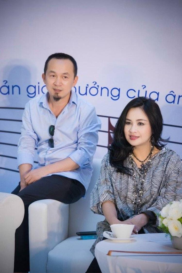 Những mối tình tan vỡ không hóa thù hận đáng ngưỡng mộ của sao Việt