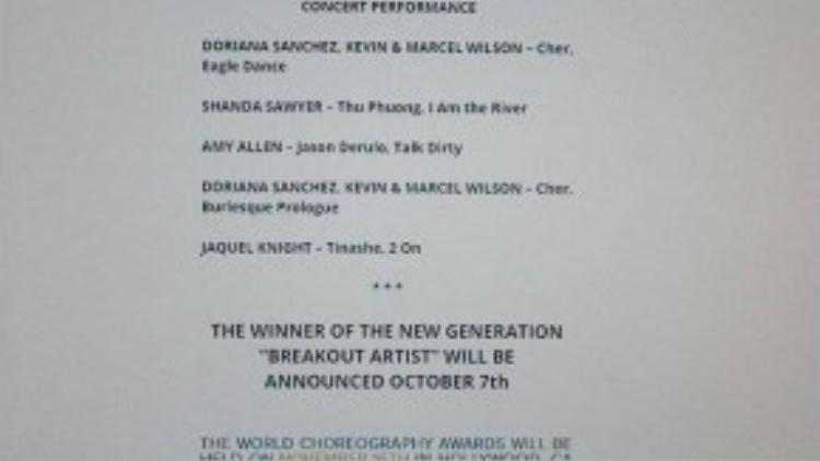 Hình ảnh tiết mục Trở về dòng sông tuổi thơvà tên Thu Phương trên website World Choreography Awards được anh đính kèm.