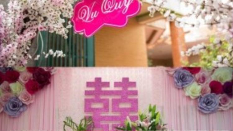 Không gian tư gia cũng được trang trí theo tông màu hồng pastel như một khu vườn cổ tích.