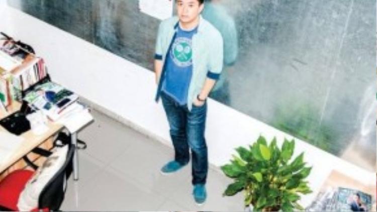 Martin Hang, biên tập viên của tạp chí Fortune Generation là một thành viên kỳ cựu của Relay China Elite Association. Anh cũng là con trai của giám đốc một công ty quảng cáo lớn nhất nhì ở tỉnh Giang Tây (Trung Quốc)