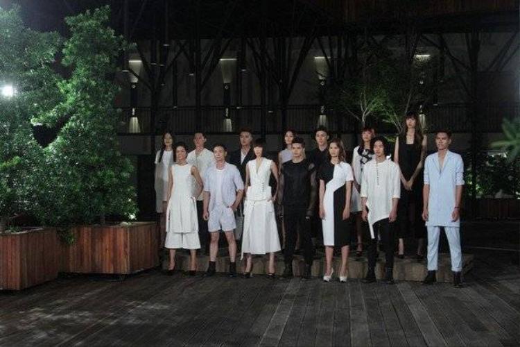 Nhìn lại hành trình chông gai của top 4 Vietnams Next Top Model 2015