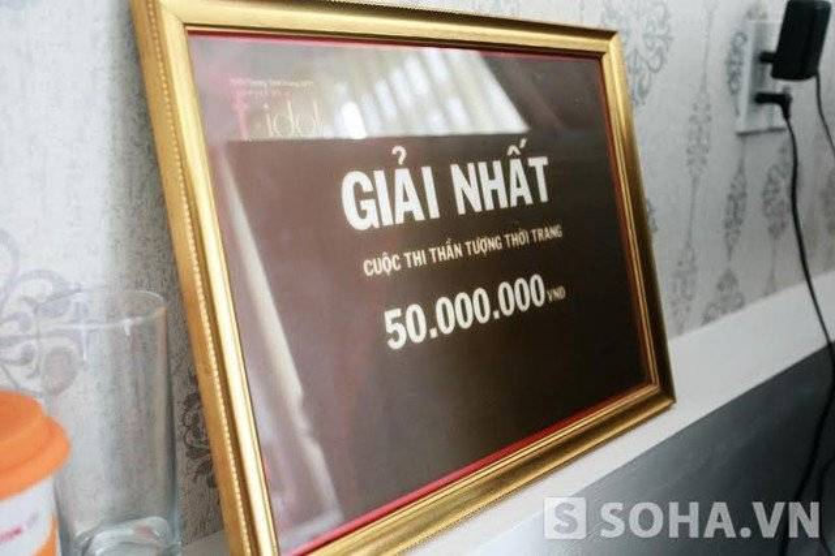 Sự thật gia thế giàu có nhất xóm nghèo của Hoa hậu Phạm Hương