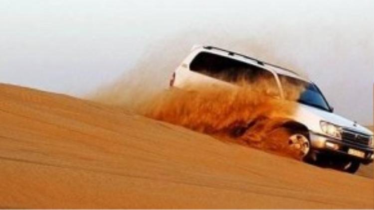 Trải nghiệm sa mạc Dubai. Ảnh: Galaxiadubai.