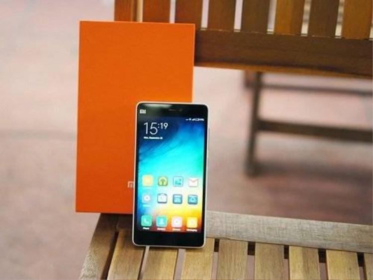 Loạt smartphone sáng giá vừa cập bến Việt Nam