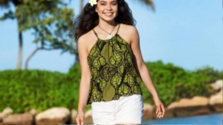 Auli'i Cravalho, 14 tuổi, là người da đỏ bản địa ở Hawaii. (Ảnh: Hugh E. Gentry/Disney)