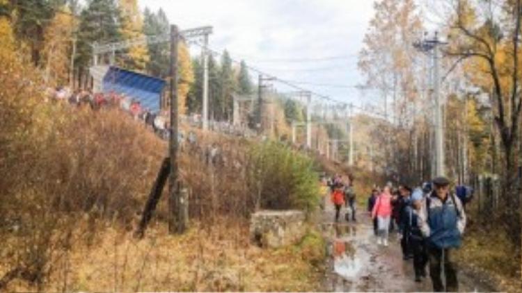 Rừng Taiga rộng lớn không chỉ là nơi cung cấp nguồn tài nguyên, khoáng sản, còn là nơi nghỉ ngơi yêu thích vào mỗi dịp cuối tuần của người Nga.