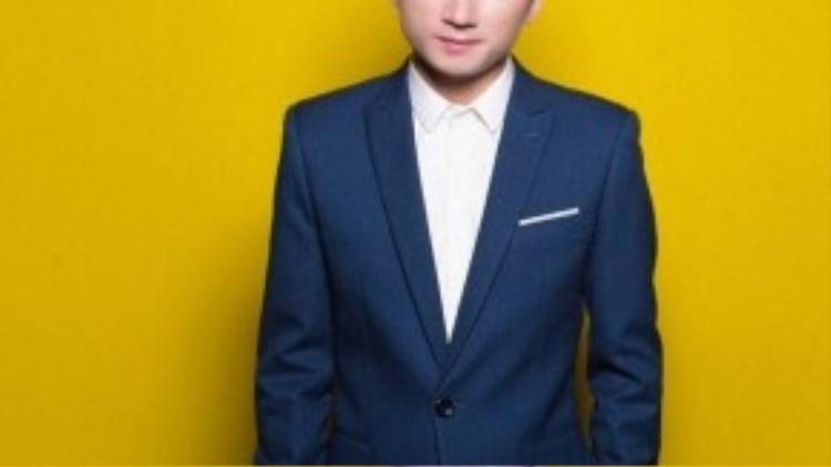 Phan Mạnh Quỳnh đang thu hút sự quan tâm của khán giả với ca khúc Vợ người ta.