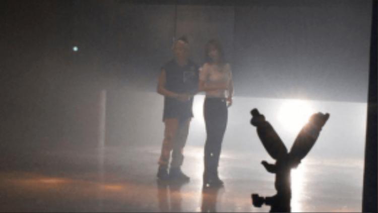 Hình ảnh rò rỉ từ trường quay MV của Jay Park.