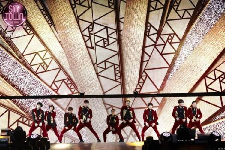 Hàng chục ngôi sao Kpop xuất hiện trên màn ảnh rộng Việt Nam