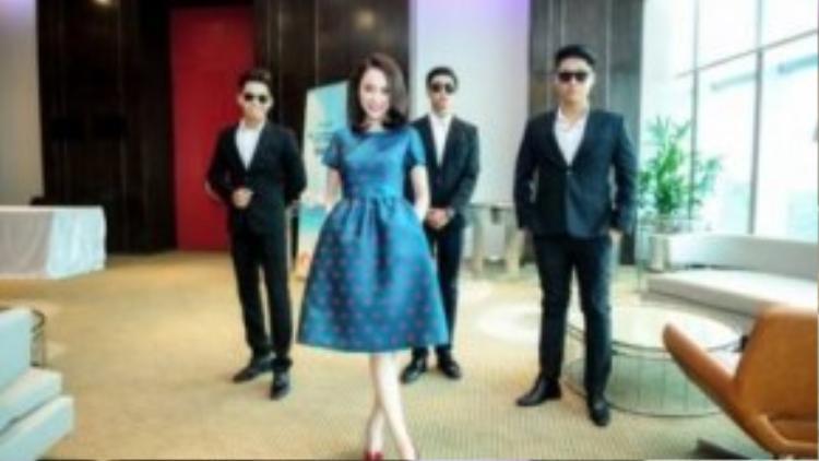 """Đây là 1 thiết kế mới nhất nằm trong BST Thu Đông với tên gọi """"Love"""" sẽ ra mắt vào tháng 12 tại Hà Nội."""