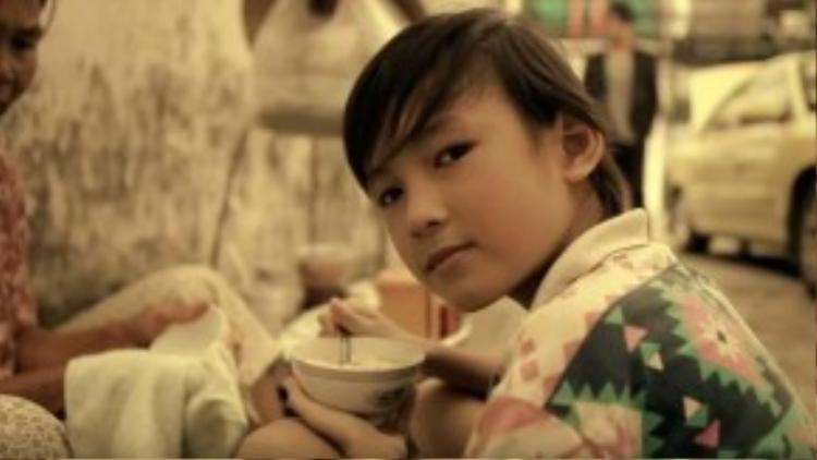Trước đó, Thịnh Vinh đóng một vai nhỏ trong MV U&I của Thanh Bùi vào năm 2010…