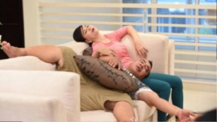 Thật chất đây chính là cảnh ngủ thật của hai diễn viên.