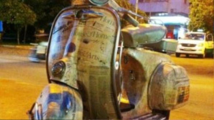 """Chiếc Vespa đời 1946, """"người thương"""" đã được 7 năm của anh."""