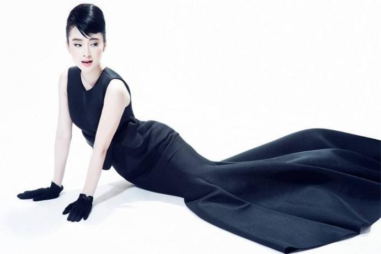 Angela Phương Trinh hoá thân thành huyền thoại thời trang Audrey Hepburn