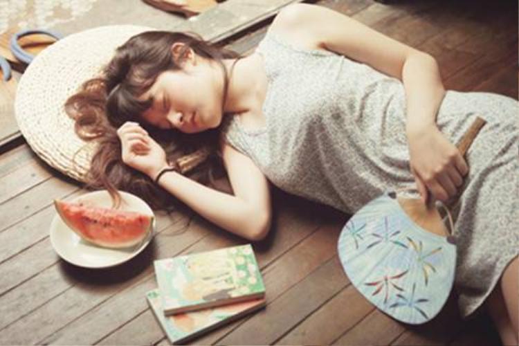 Xếp hạng những chòm sao nghiện ngủ nướng