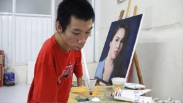 Ở làng trẻ em Hòa Bình, Châu được nhìn thấy những nét bút bay lượn khi các anh chị vẽ, từ đó anh bắt đầu ấp ủ ước mơ trở thành họa sĩ. Sau 3 năm theo học Châu đã tự vẽ được thành thục, những bức vẽ của anh được nhiều người khen ngợi.