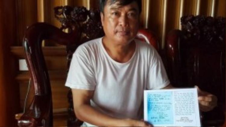 Ông Phan Huy Thanh và bút tích của Tổng Thư ký Ban Ki-moon.
