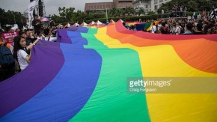 Lễ hội tự hào người đồng tính lớn nhất Châu Á vừa diễn ra ngày 31/10 tại thành phố Đài Bắc, Đài Loan với hơn 78.000 tham gia diễu hành(Ảnh:Craig Ferguson/LightRocket, Getty Images).