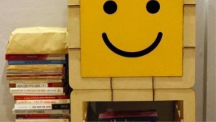 Những món đồ quyên góp mà Sunbox hướng đến là sách, đồ chơi và quần áo đã qua sử dụng.