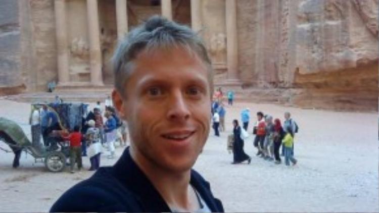 Ở Jordan, Garfors đã tới Petra, thành phố cổ lộng lẫy nằm ở miền Nam quốc gia xinh đẹp này.