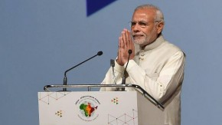 9. Thủ tướng Ấn Độ Narendra Modi năm nay được lọt vào danh sách top 10 nhân vật quyền lực nhờ vào thành công vực dậy tăng trưởng GDP của nước này lên hơn 7,4% ngay trong năm đầu nhiệm kỳ của ông. Sau chuyến thăm chính thức với Barack Obama và Tập Cận Bình, vị thế nhà lãnh đạo toàn cầu của ông ngày được tăng cao. Là lãnh đạo đất nước 1,2 tỷ dân, ông Modi đã hứa sẽ đem lại cải cách toàn diện cho Ấn Độ và dân chúng đang kỳ vọng ông sẽ giữ đúng lời hứa.