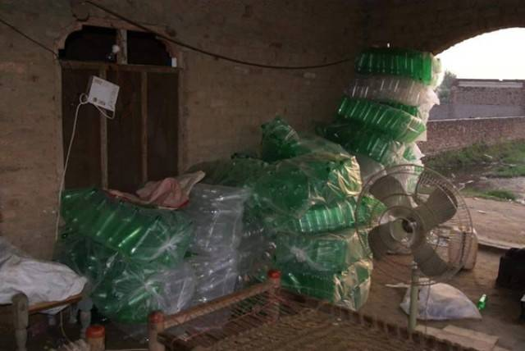 Phẫn nộ với thông tin thất thiệt về xưởng sản xuất Coca Cola bẩn ở Việt Nam