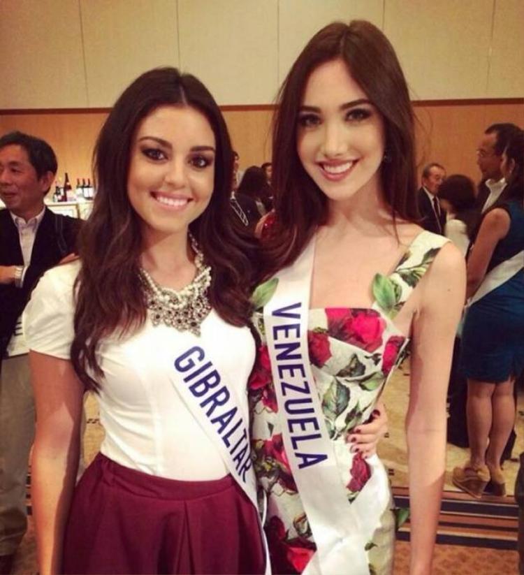 Ngắm vẻ đẹp khó cưỡng của tân Hoa hậu Quốc tế 2015
