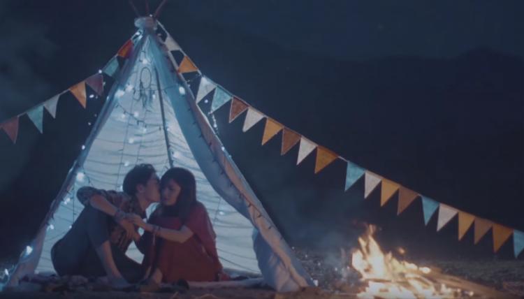 Bích Phương hoang dã với 7 trang phục bohemian trong MV mới